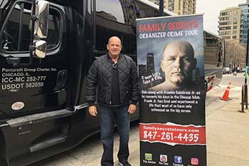 Chicago Bus Tours - Family Secrets Tours