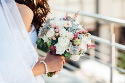 Tips to Remember When Delegating Your Wedding Tasks