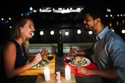 Best Restaurants for a Romantic Valentine's Day Dinner in Chicago