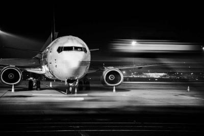 Flying Overnight: Benefits of Red Eye Flights